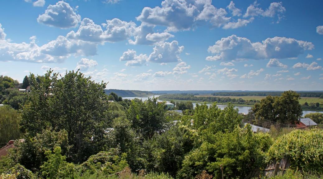 Вид на реку Ока от соборной площади Касимова